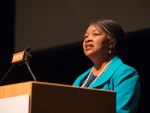 President Uses Forum to Rally Faculty, Staff to Improve Retention, Graduation Rates