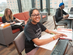 Honors Program Offers Challenging Classes, Leadership Opportunities to High-Achieving Students