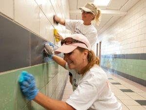 Buffalo State Takes Part in Day of Caring on August 20