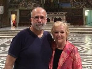 Fontana Creates TFA Scholarship in Memory of Actress Wife