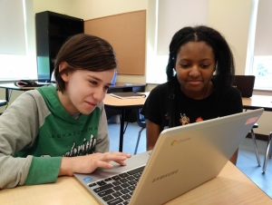 CIS Faculty Teaching STEM Lessons During Girls Coding Project