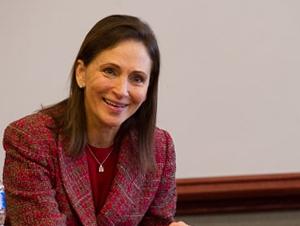 Alumni Profile: Carolyn Lamm