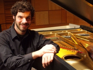 Piano Student Appears in Carnegie Hall Performance