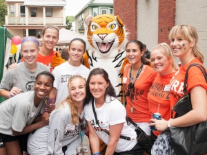 Buffalo State Invites Students, Neighbors to Get Acquainted
