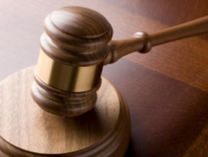 Mock Trial Teams Debate Wrongful Death Lawsuit