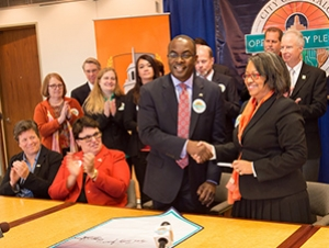 Buffalo State Signs City of Buffalo Opportunity Pledge