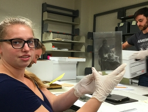 Community Service, Hands-On Experience at History Museum Spark Student Engagement